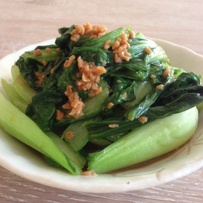 Stir-fried Bok Choy in Garlic Oyster Sauce