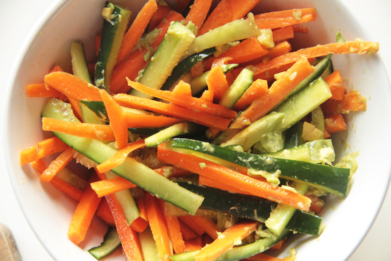 Carrot-cucumber-and-avocado-sushi-side-salad1.jpg