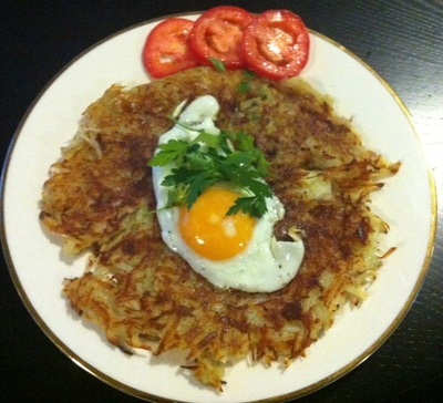 Potato and garlic pancake, potato pancake, potatoes, eggs, lunch, dinner