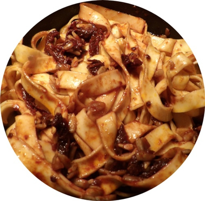 cooking,sundried,tomatoes  - Fettucine with Sun Dried Tomatoes and Sunflower Seeds
