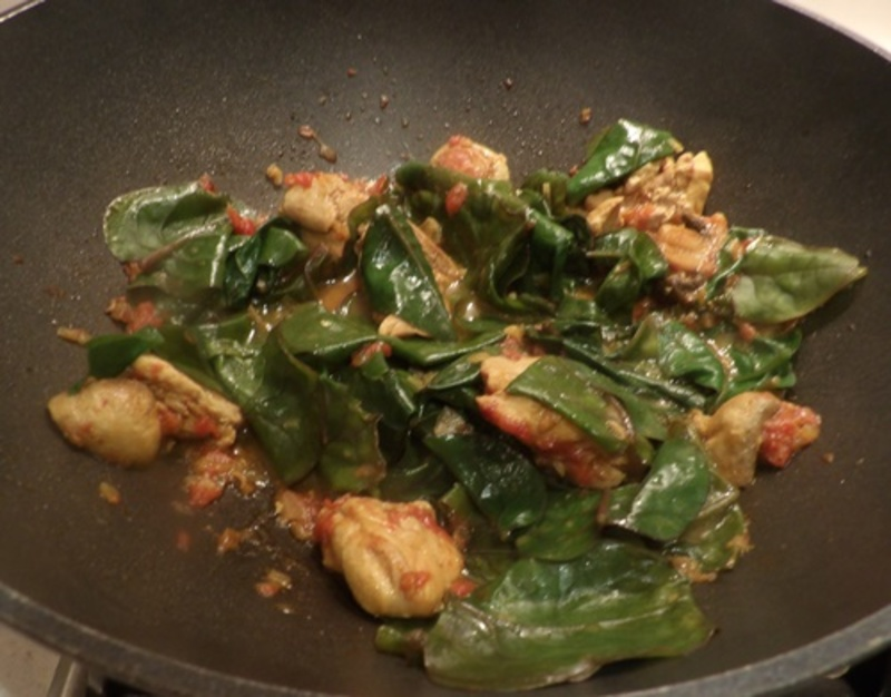 mixing,mushroom,in,ingredients
