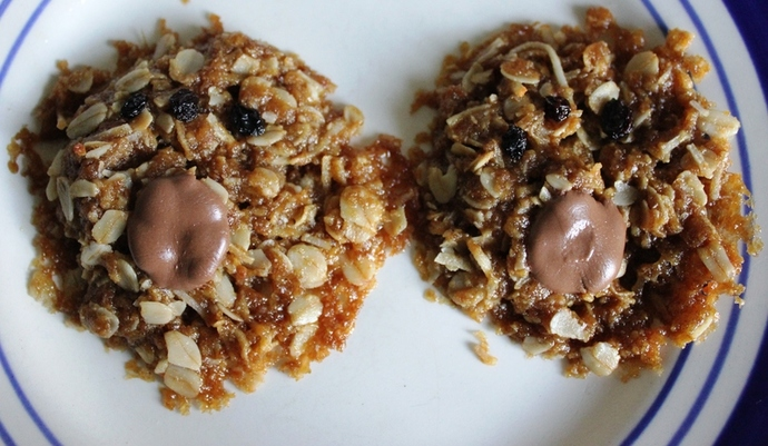 Anzac Biscuit Wombat Paws