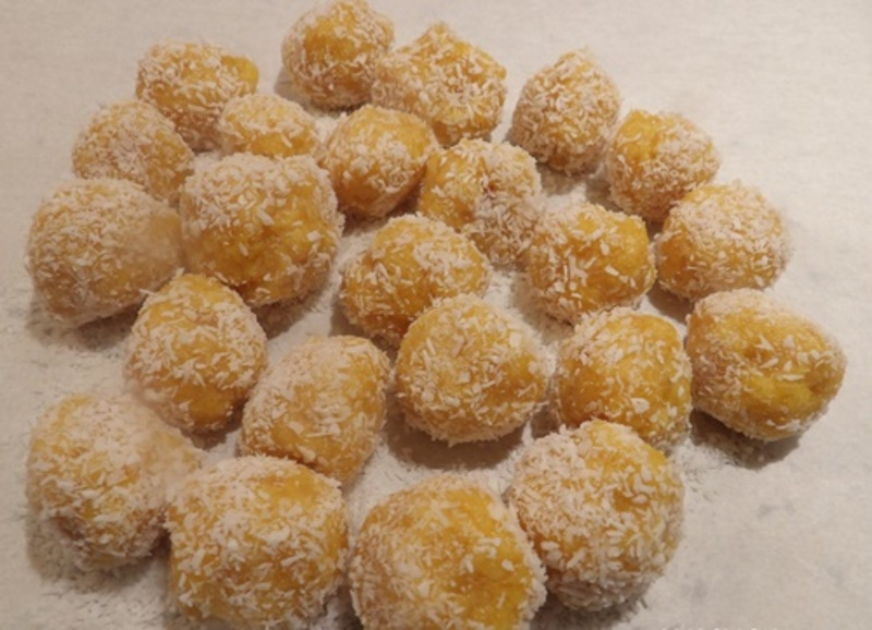 apricot,low,fat,bliss,balls  - Low Fat Apricot and Coconut Raw Balls