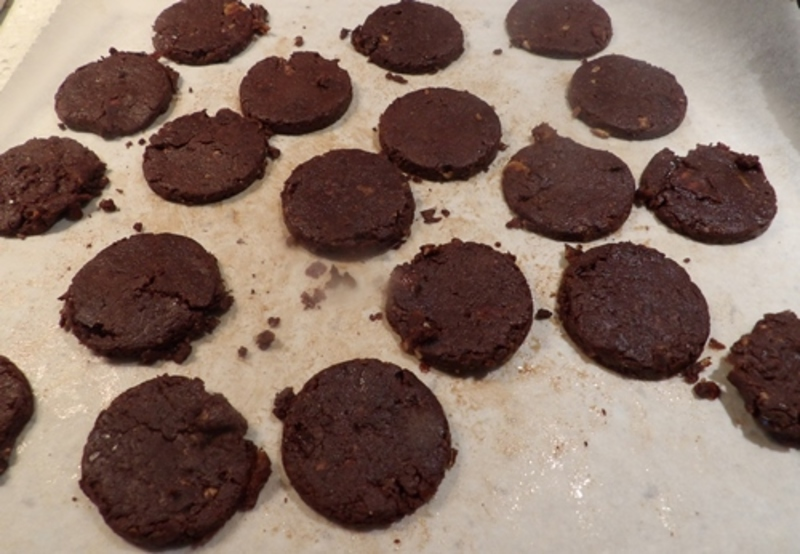soaking,cashews,in,water,for,at,least,two,hours  - Raw Oreo Type Biscuits
