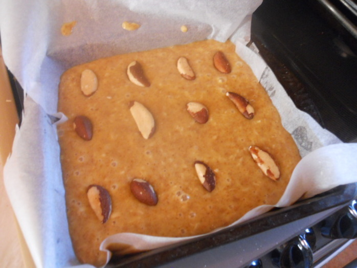 blondies, brazil nuts
