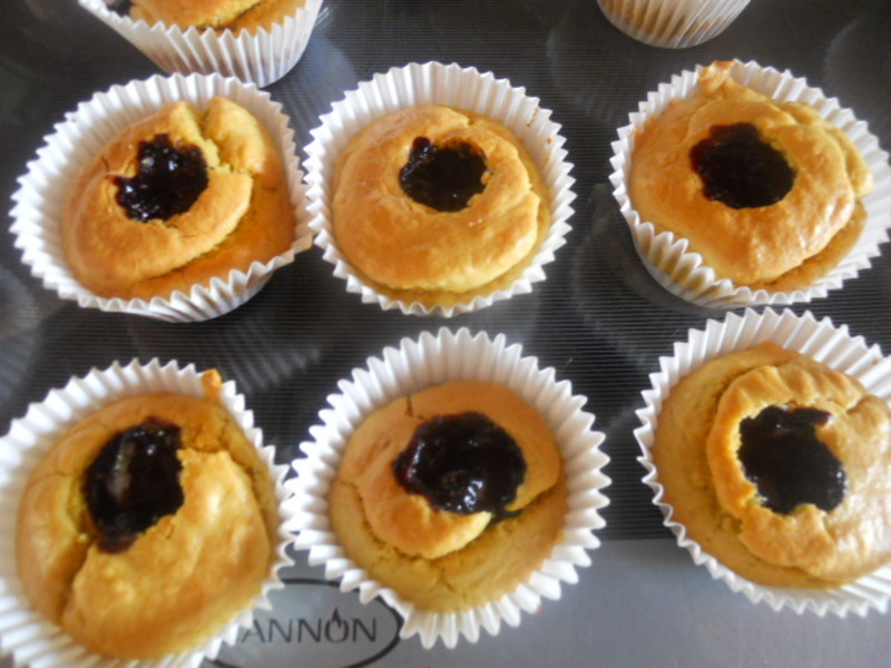 blueberry jam, blueberry cheesecake cupcakes, blueberries