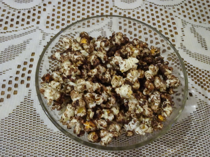 Bowl of chocolate popcorn