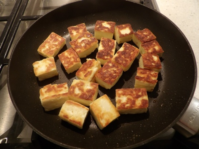 browned,haloumi,for,watermelon,honey,salad