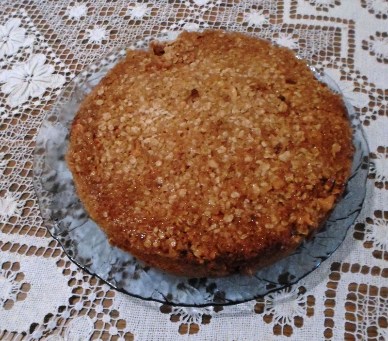 Cake With Crunchy Topping  - Coffee Flavoured Cake With Crunchy Topping