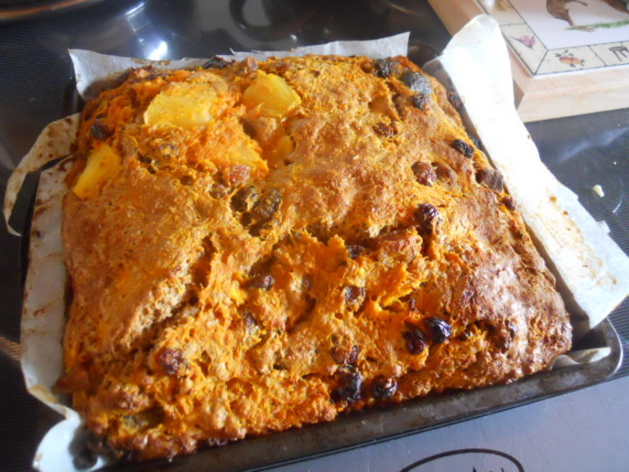 carrot cake, flour, cinnamon, baking