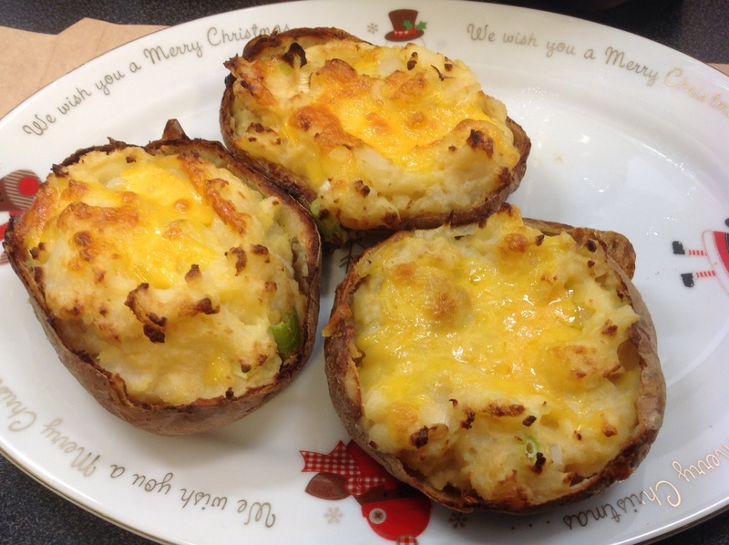 Baked potato, cheese, sour cream, Worcestershire sauce, spring onions 