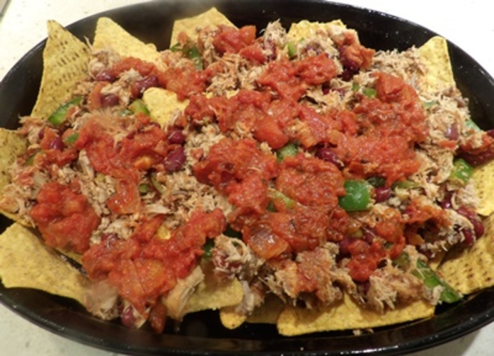 chicken,nachos,with,sauce