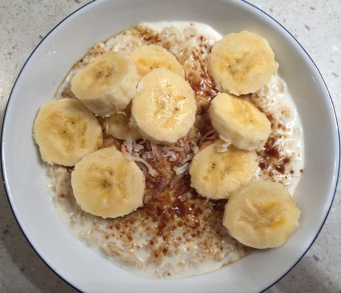 coconut,infused,porridge,with,bananas