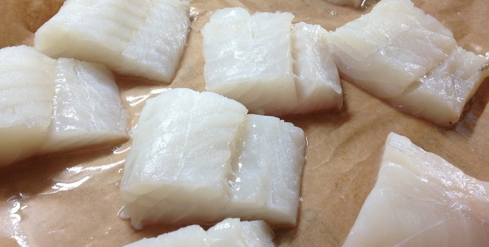 Cod, white fish, firm flesh, one pot