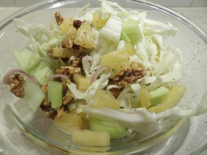 coleslaw,with,pineapple,and,walnuts,salad