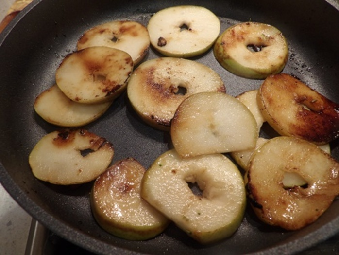 cooking,pears,for,maple,chicken