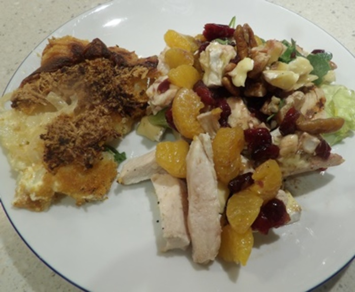 cranberries,and,chicken,salad,with,baked,potato