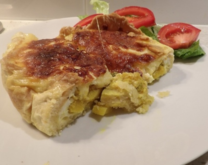 curried,apple,and,cheese,tart