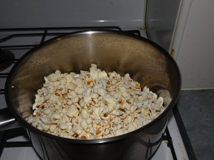 Freshly popped corn