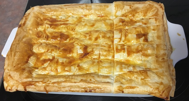 Full size light chicken pie