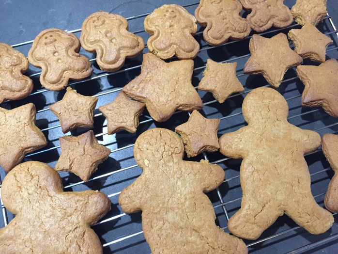 Gingerbread men, stars, cutters, biscuits, cookies