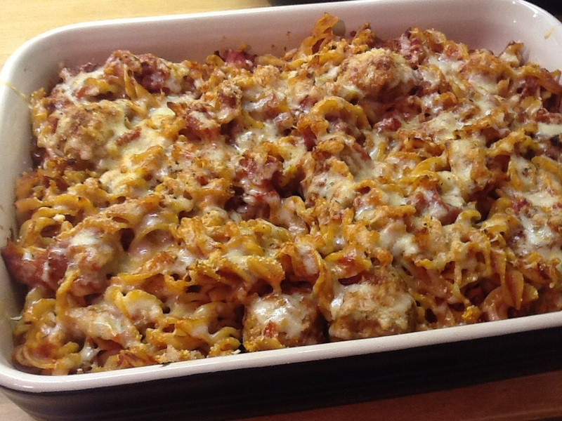 Turkey Meatball Pasta Bake Recipe - RecipeYum