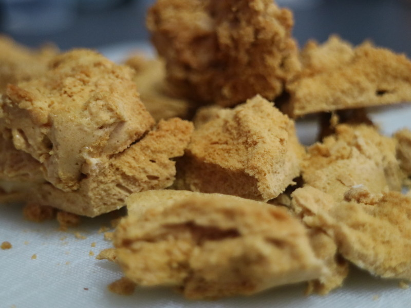 Golden Syrup Honeycomb