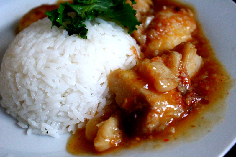 Spicy Fish In Ginger Garlic Sauce
