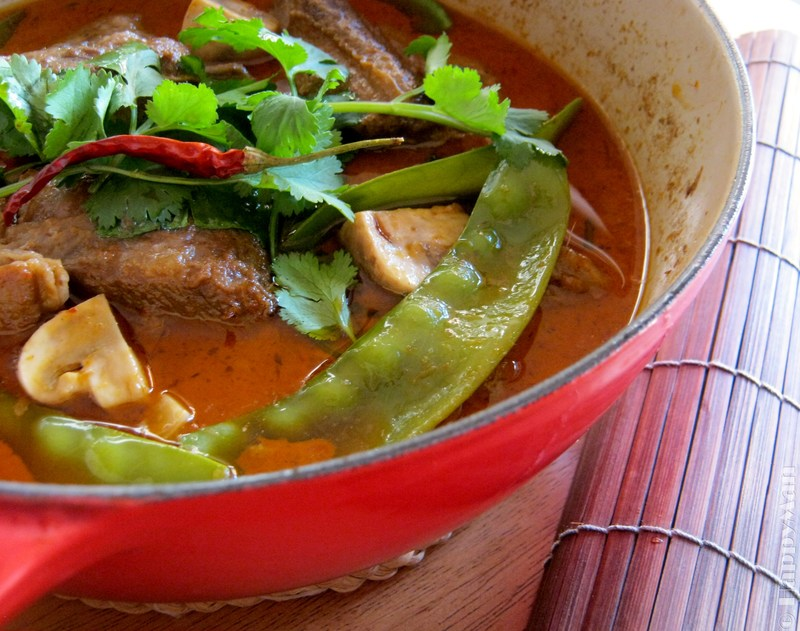 Panang Curry Beef Brisket Stew with Mushroom and Snow pea