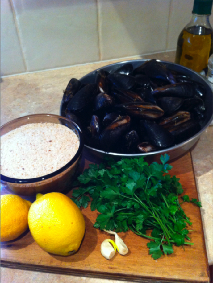 Pockar's Mussels au Gratin with Mixed Garden and Caprese Salad