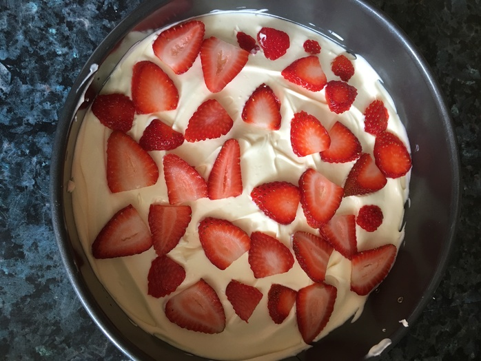 Layer of strawberries