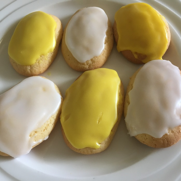 Lemon finger biscuits with icing