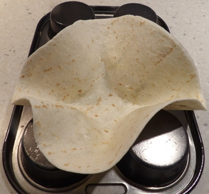 making,taco,shells,from,tortillas