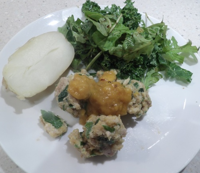 mango,chicken,balls,with,potato,and,salad