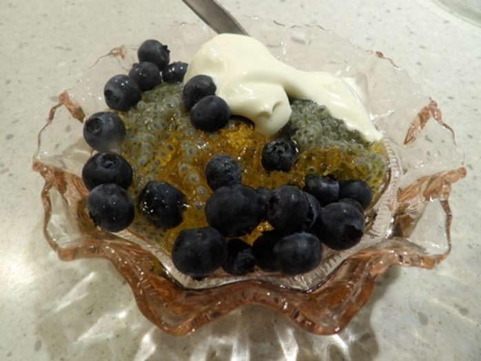 mango,jelly,with,basil,seeds,and,blueberries
