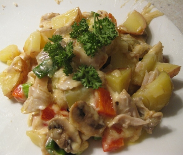 microwave,chicken,and,potato,layer,with,capsicum,cheese