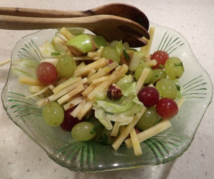 getting,cheese,sticks,and,grapes,for,salad,ready