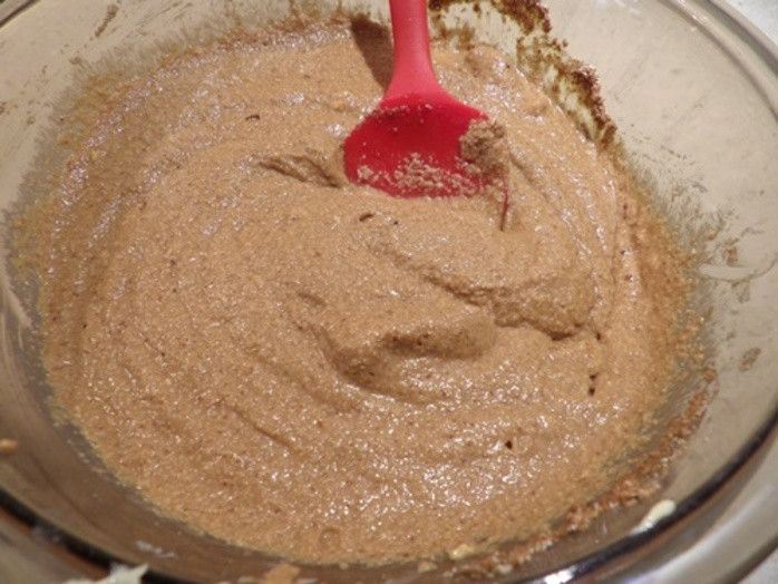 mixing,cconut,cream,and,semolina,for,cake