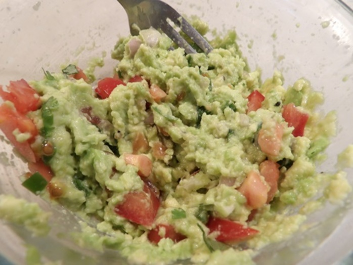 ingredients,chopped,up,for,avocado,egg,brunch