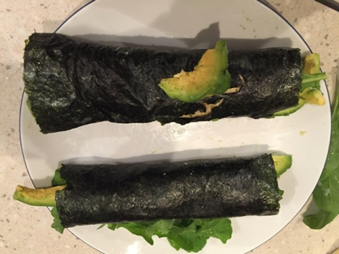nori,bacon,and,egg,rolls,with,avocado