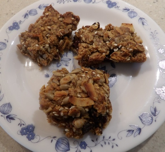 peanut,butter,and,coconut,chocolate,granola,bars