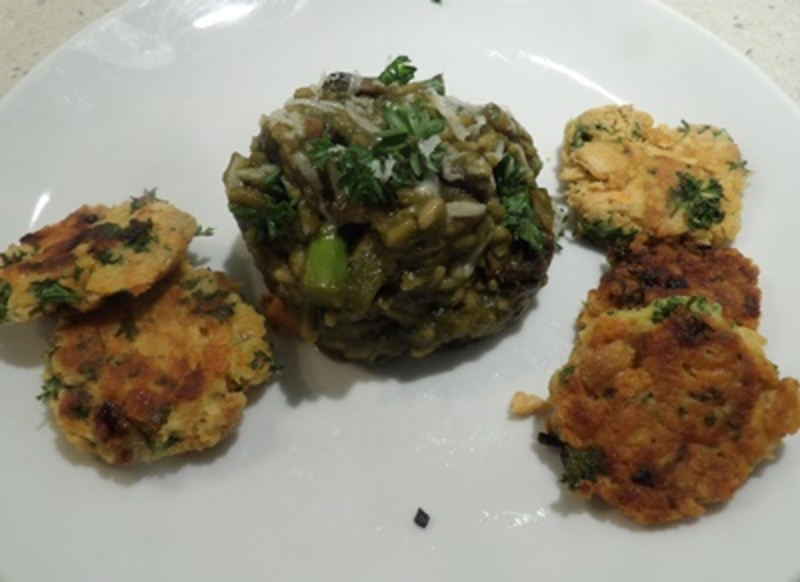 pink,salmon,patties,with,risotto  - Pink Salmon Patties with Asparagus & Mushroom Risotto