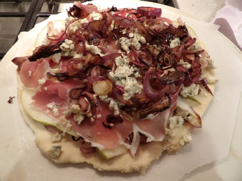 making,the,dough,for,pizza