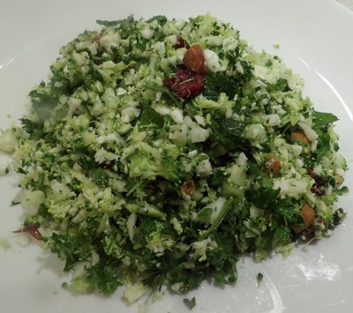 pulsing,ingredients,for,tabbouleh