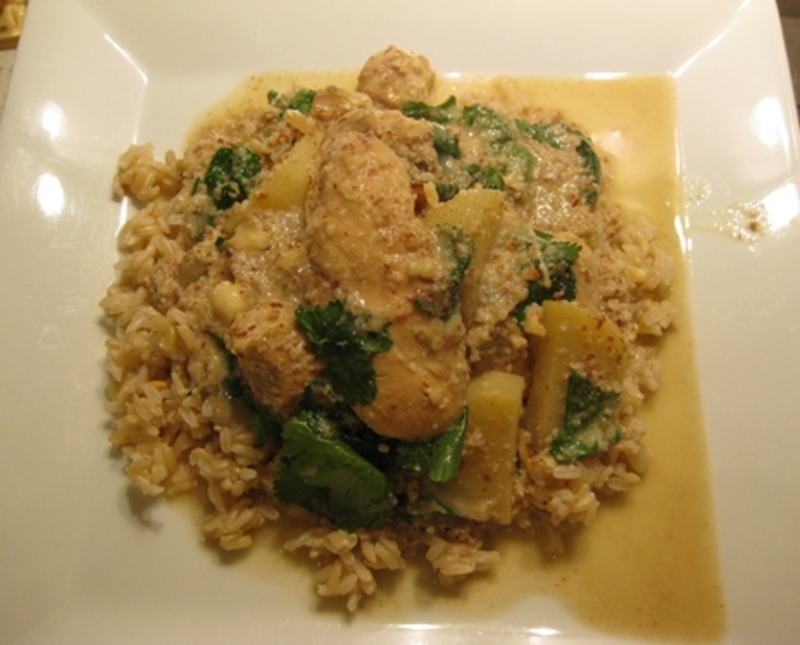 plated,chicken,curry,almonds