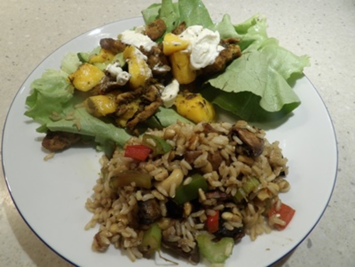 plated,Moroccan,chicken,with,mango,and,a,mushroom,and,nut,pilaff