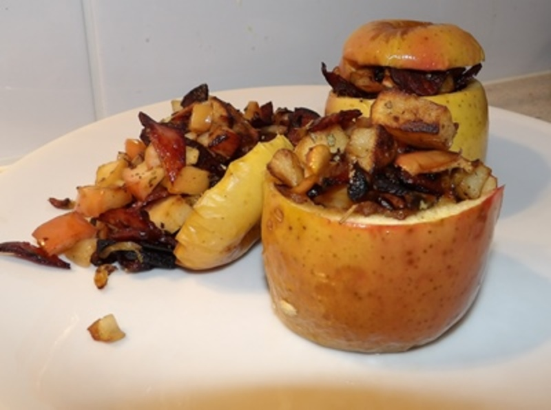 stuffed,apples,ready,to,serve  - Baked Apples Filled With Browned Potatoes, Bacon And Apple