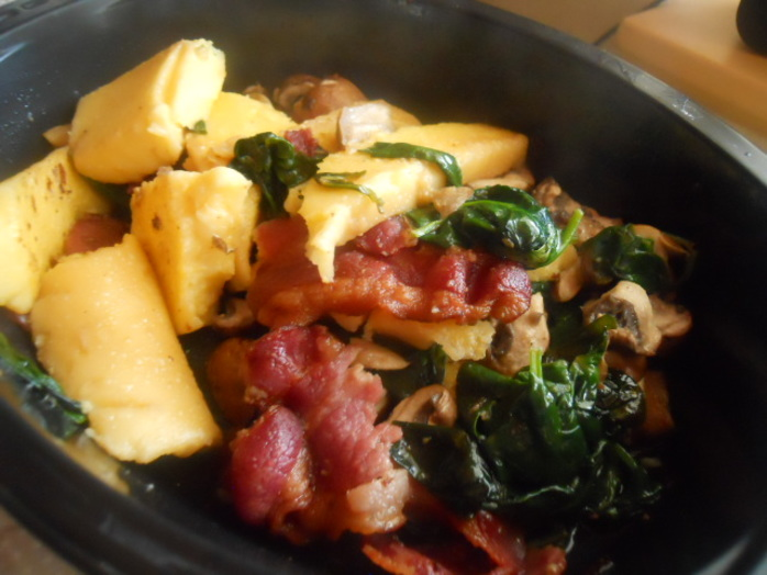 polenta, bacon, mushrooms, spinach, breakfast