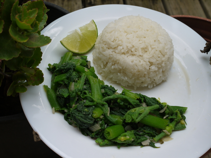 Pumpkin leaves with the rice