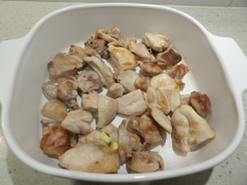 cooking,bacon,and,leek,slices  - Creamy Chicken and Mushroom Bake topped with Mashed Potatoes